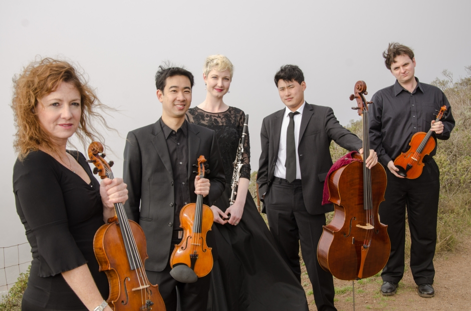 Farallon+Quintet+split+tone-01-2977673937-H
